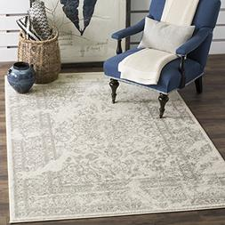 Adirondack Ivory and Silver Area Rug, 4' x 6'