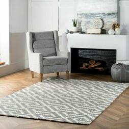 nuLOOM Hand Made Contemporary Geometric Kellee Wool Area Rug