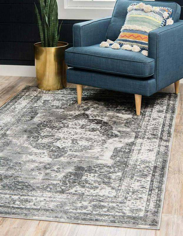 Unique 3134088 Sofia Collection Traditional Beige Area Rug, 6'