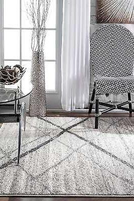nuLOOM Contemporary Solid and Striped Rug in