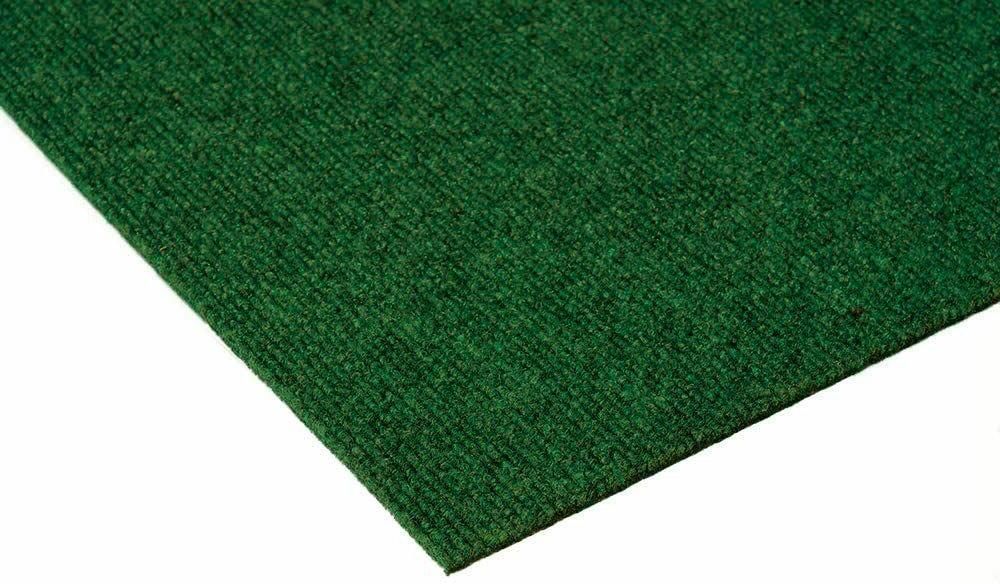 Green Durable Outdoor Area Constructed with Superior Soft PET
