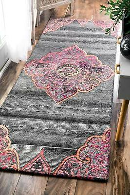 Vintage Wool Blend Area Rug in Pink
